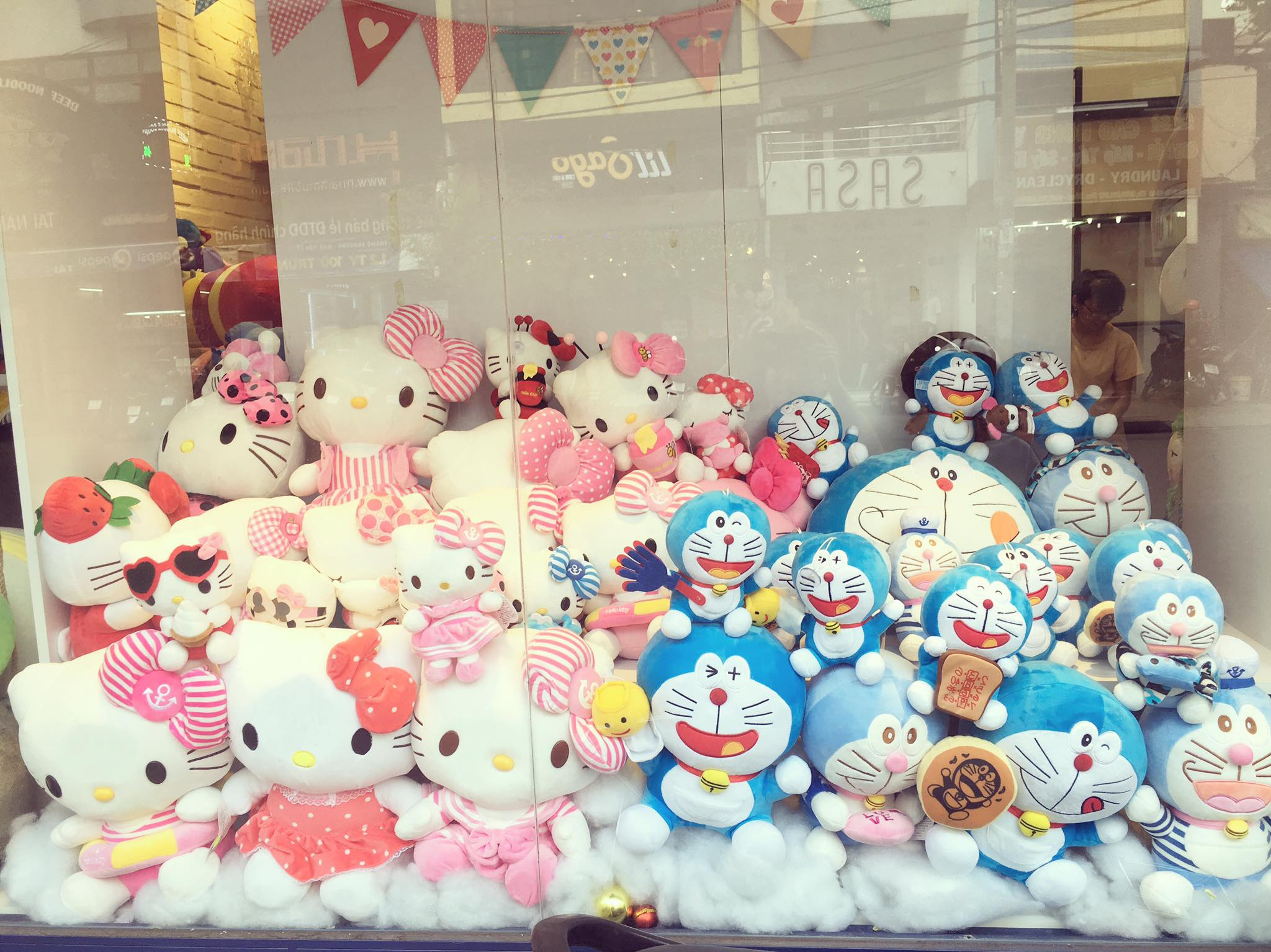 Window of Doraemon & Kitty